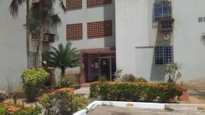Apartamento En Venta En Maracaibo, Circunvalacion Uno, Venezuela, VE RAH: 16-12182