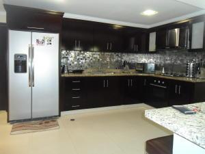 Casa En Venta En Maracaibo, Monte Bello, Venezuela, VE RAH: 16-3245