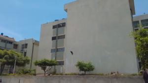 Apartamento En Venta En Maracaibo, Pomona, Venezuela, VE RAH: 16-12246