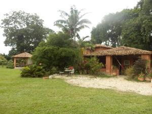 Terreno En Venta En Municipio Montalban, Aguirre, Venezuela, VE RAH: 16-12259