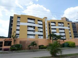 Apartamento En Venta En Municipio Naguanagua, Tazajal, Venezuela, VE RAH: 16-12339
