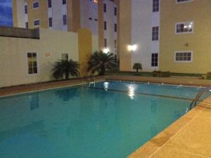 Apartamento En Venta En Ciudad Ojeda, La 'l', Venezuela, VE RAH: 16-12293