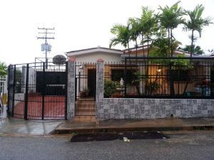 Casa En Venta En Valencia, Prebo Ii, Venezuela, VE RAH: 16-12299