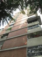 Apartamento En Venta En Caracas, Altamira Sur, Venezuela, VE RAH: 16-14683