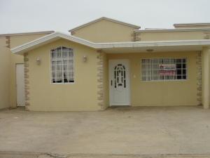 Casa En Venta En Punto Fijo, Casacoima, Venezuela, VE RAH: 16-12337