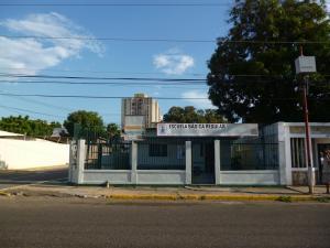 Casa En Venta En Maracaibo, Santa Rita, Venezuela, VE RAH: 16-14212