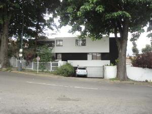 Casa En Venta En Caracas, La Trinidad, Venezuela, VE RAH: 16-12380