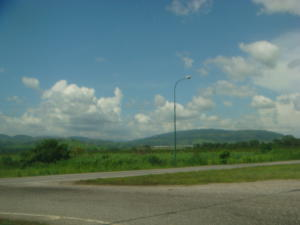 Terreno En Ventaen Yaritagua, Municipio Peña, Venezuela, VE RAH: 16-12391