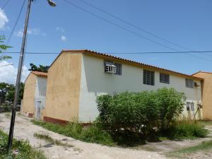 Apartamento En Venta En Palo Negro, Paraparal, Venezuela, VE RAH: 16-12398