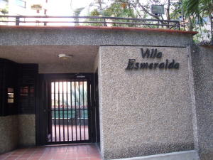 Apartamento En Venta En Caracas - Las Esmeraldas Código FLEX: 16-12453 No.1