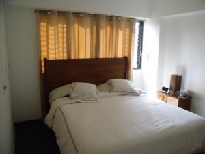 Apartamento En Venta En Caracas - Las Esmeraldas Código FLEX: 16-12453 No.6