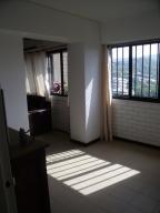 Apartamento En Venta En Caracas - Las Esmeraldas Código FLEX: 16-12453 No.12