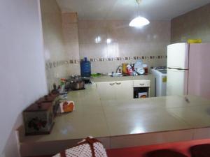 Apartamento En Venta En Maracaibo, Avenida Goajira, Venezuela, VE RAH: 16-12457