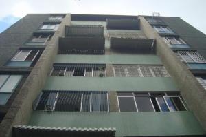 Apartamento En Venta En Caracas, Caurimare, Venezuela, VE RAH: 16-12456