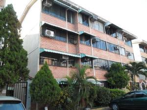 Apartamento En Venta En Guarenas, Ciudad Casarapa, Venezuela, VE RAH: 16-12482