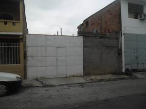 Terreno En Venta En Maracay, Los Olivos Nuevos, Venezuela, VE RAH: 16-12479