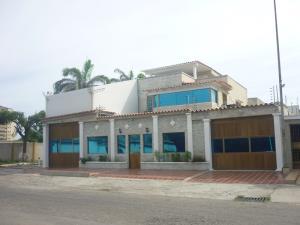 Casa En Venta En Puerto Cabello, Cumboto, Venezuela, VE RAH: 16-12530