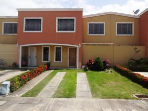 Casa En Venta En Guatire, Villa Heroica, Venezuela, VE RAH: 16-12556