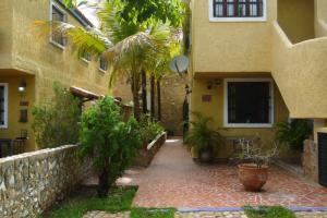 Apartamento En Venta En Margarita, Porlamar, Venezuela, VE RAH: 16-12551