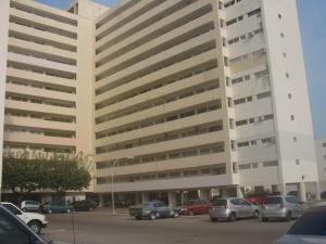 Apartamento En Venta En Maracaibo, 18 De Octubre, Venezuela, VE RAH: 16-12582