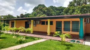 Casa En Venta En Rio Chico, El Guapo, Venezuela, VE RAH: 16-12593