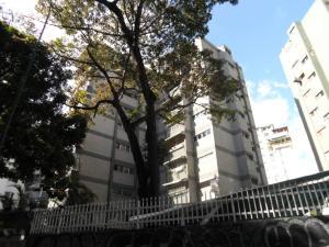 Apartamento En Venta En Caracas, El Cafetal, Venezuela, VE RAH: 16-12662