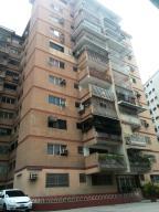 Apartamento En Venta En Valencia, Camoruco, Venezuela, VE RAH: 16-12598