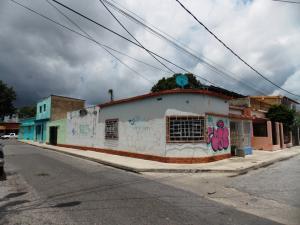 Casa En Venta En Valencia, San Blas, Venezuela, VE RAH: 16-12604
