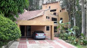 Casa En Venta En Caracas, Monte Claro, Venezuela, VE RAH: 16-12632