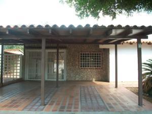 Townhouse En Venta En Maracaibo, Fuerzas Armadas, Venezuela, VE RAH: 16-12613
