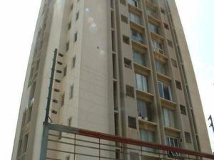 Apartamento En Venta En Maracaibo, 5 De Julio, Venezuela, VE RAH: 16-12619