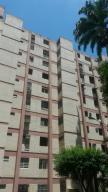 Apartamento En Venta En Valencia, Avenida Bolivar Norte, Venezuela, VE RAH: 16-12695