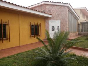 Casa En Venta En Cabimas, Miraflores, Venezuela, VE RAH: 16-12627