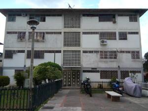 Apartamento En Venta En Caracas, Coche, Venezuela, VE RAH: 16-12355