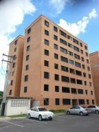 Apartamento En Venta En Maracay, San Jacinto, Venezuela, VE RAH: 16-12669