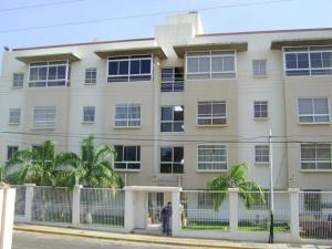 Apartamento En Venta En Maracaibo, Avenida Bella Vista, Venezuela, VE RAH: 16-12672