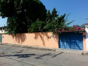 Casa En Venta En Maracay, El Limon, Venezuela, VE RAH: 16-12676