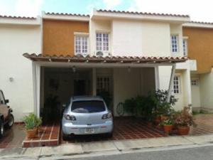 Townhouse En Venta En Municipio Naguanagua, La Entrada, Venezuela, VE RAH: 16-12693