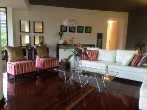 Apartamento En Alquiler En Caracas, Colinas De Valle Arriba, Venezuela, VE RAH: 16-12703