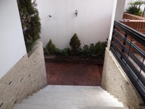 Casa En Venta En Caracas, El Marques, Venezuela, VE RAH: 16-12751