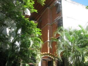 Apartamento En Venta En Guarenas, Nueva Casarapa, Venezuela, VE RAH: 16-12776