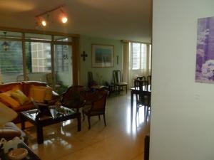 Apartamento En Venta En Caracas, El Cafetal, Venezuela, VE RAH: 16-12793
