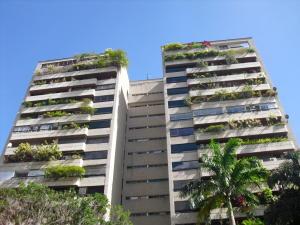 Apartamento En Venta En Caracas, Santa Eduvigis, Venezuela, VE RAH: 16-12813