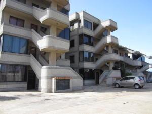 Apartamento En Venta En Municipio Antolin Del Campo Paraguachi, La Mira, Venezuela, VE RAH: 16-12835