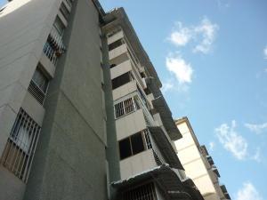 Apartamento En Venta En Caracas, El Marques, Venezuela, VE RAH: 16-12847