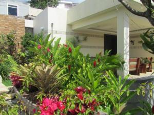 Casa En Venta En Caracas, El Marques, Venezuela, VE RAH: 16-12855