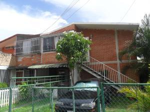 Casa En Venta En Guatire, Valle Arriba, Venezuela, VE RAH: 16-12889