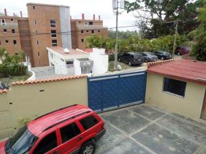Casa En Venta En Caracas - El Hatillo Código FLEX: 16-12903 No.1
