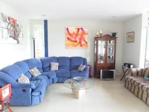 Casa En Venta En Caracas - El Hatillo Código FLEX: 16-12903 No.2