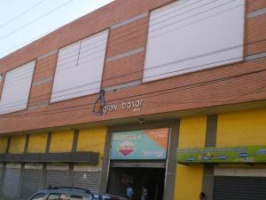 Local Comercial En Venta En Maracay, El Centro, Venezuela, VE RAH: 16-12906